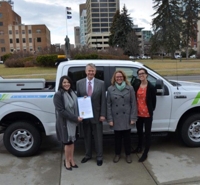 CVI staff with Idaho Governor Little