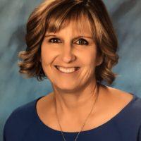 Headshot of Lynn Munoz